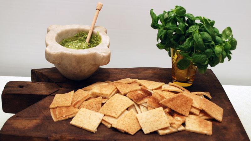 Risultati immagini per Testaroli al pesto e tofu